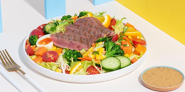 法式嫩煎牛排沙拉.jpg